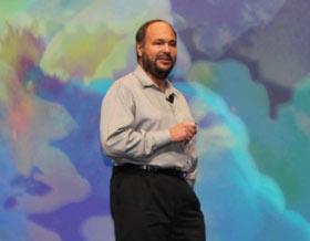 VMware CEO主题演讲:下一代的IT